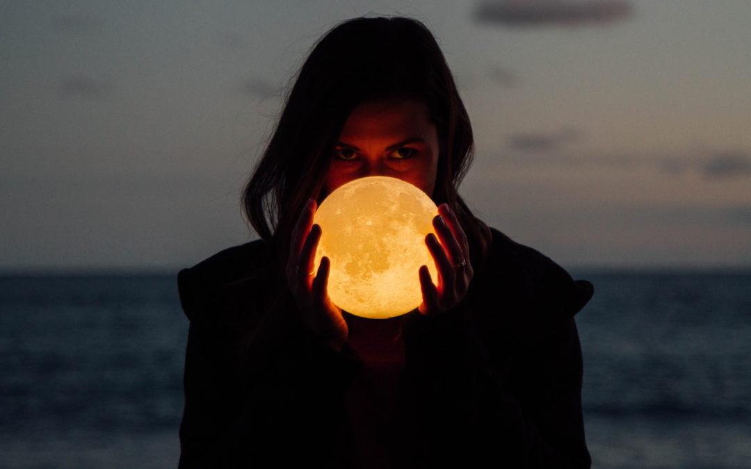 Follikelphase, wachsender Mond und dein innerer Frühling